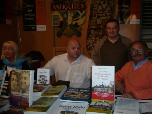 Avec Michèle Foulain, Pascal Galodé et Thierry Domas.